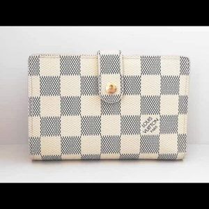 💝 Authentic LV Azure Kisslock Wallet w/ Inclusion
